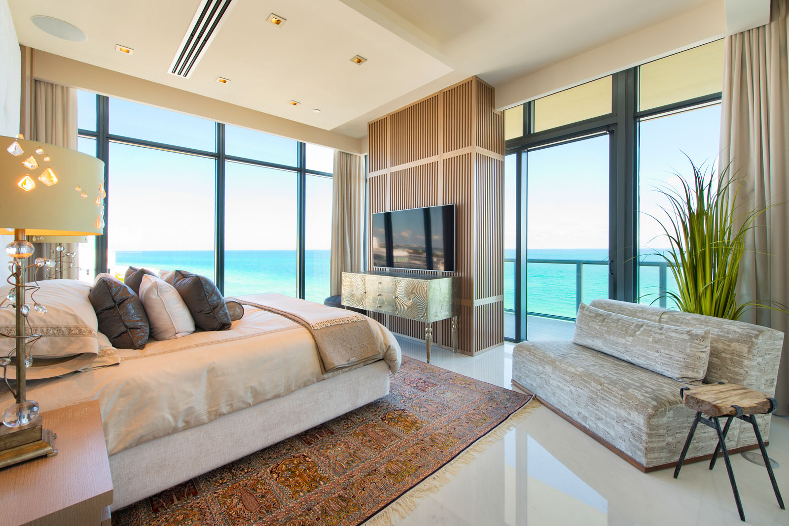 20-Master_Bedroom