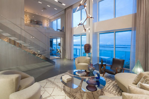 Grand Venetian penthoue for Louise Sunshine photo by Robin Hill (c) HI RES (12)